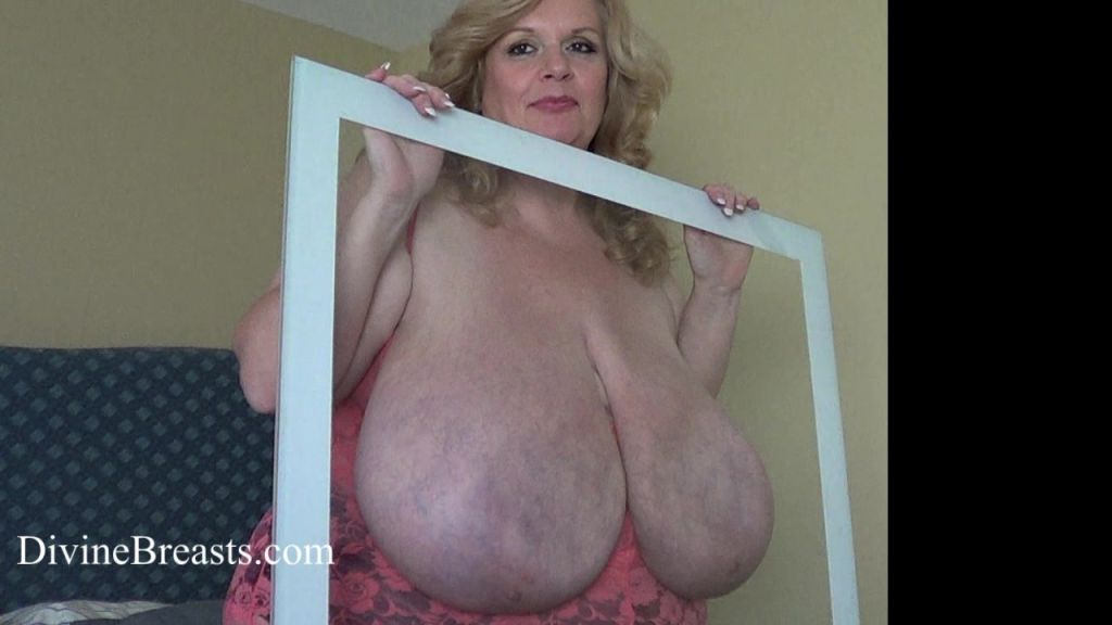 Suzie Busty BBW Nipple Sucks