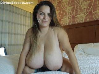 Alaura Grey Big Boobs