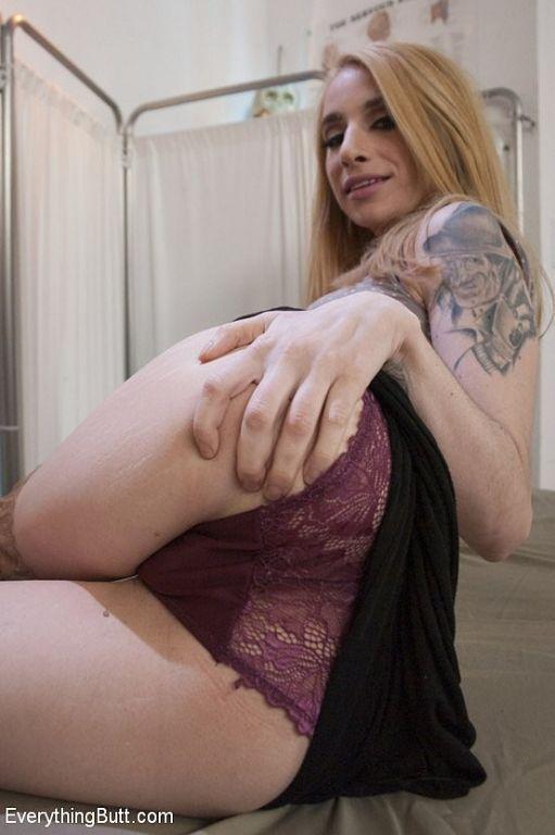Sheena Rose blonde in tan stockings having her ass
