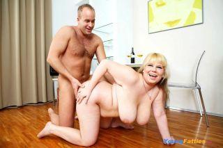 Busty fat blonde Poppy Dee fucked and jizzed over