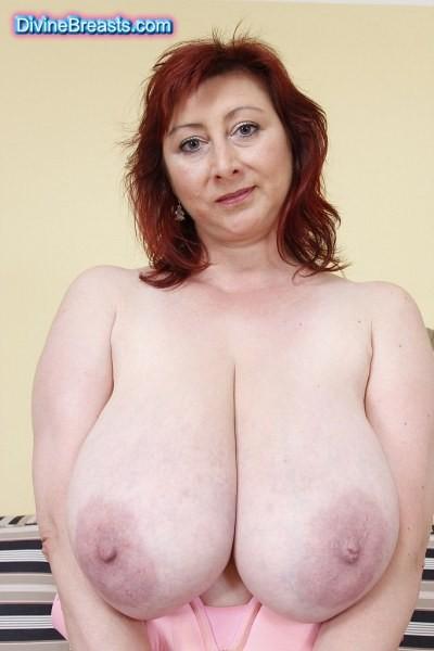 Slut load wife masturbating