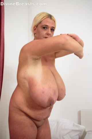 Emilia Boshe Sexy Lingerie