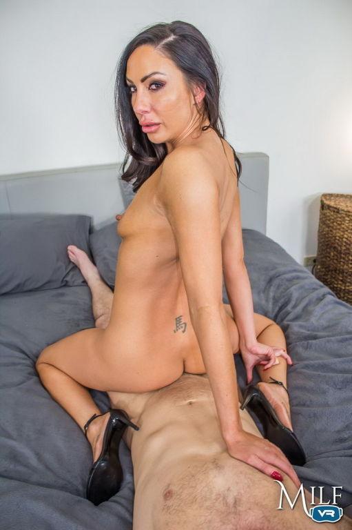 Horny milf slut loves being nailed wild