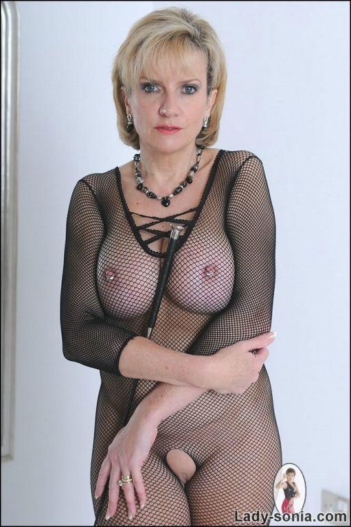 Big titted mature domina Lady Sonia in body stocki