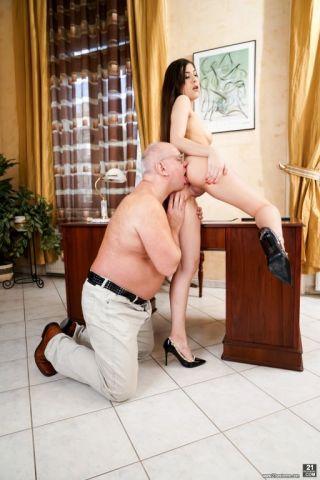 porn Anya Krey -21 sextreme blowjob