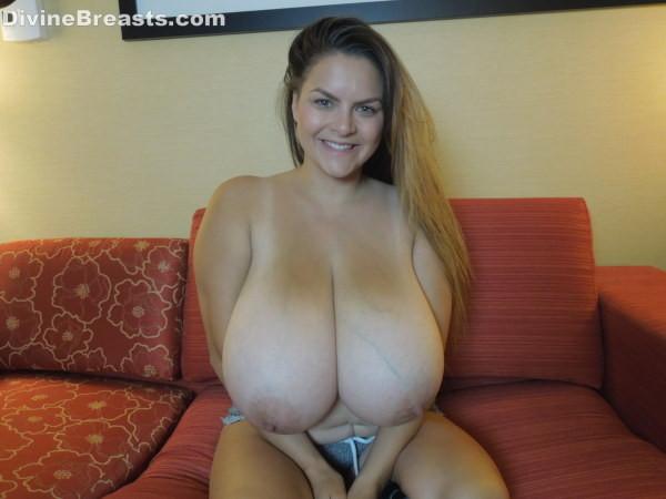 Alaura grey huge tits