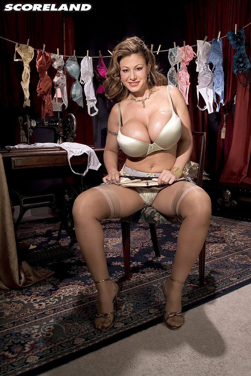 Naked fitness women models
