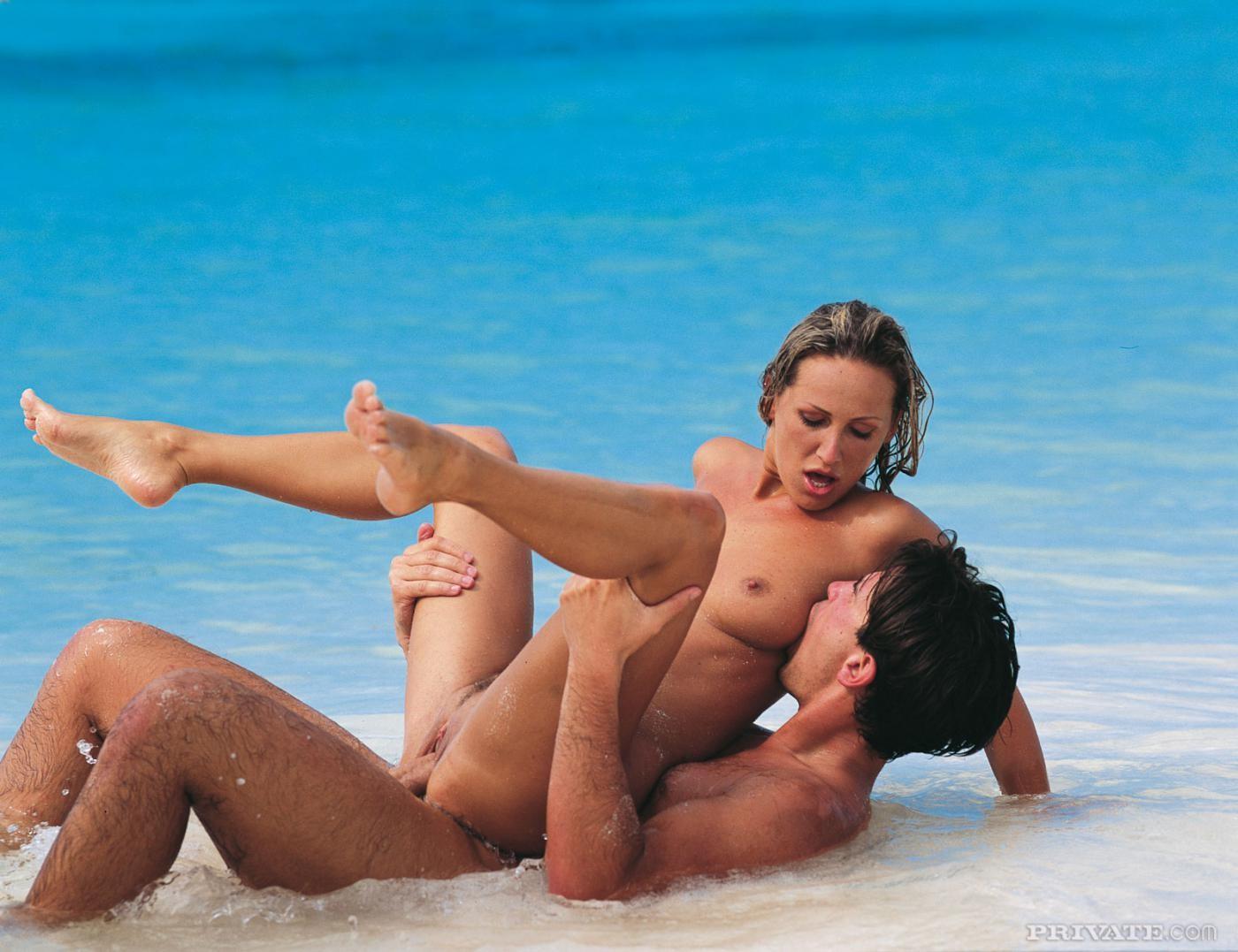 секс фото на острове собирались