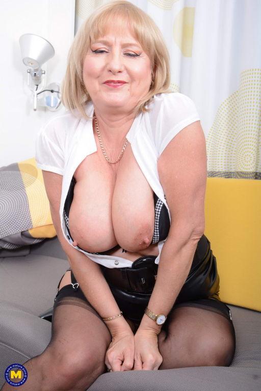 Big titted chubby housewife Lorna Blu gets her sel