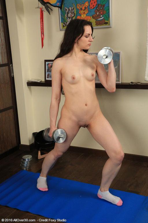 Candice Gets A Good Workout
