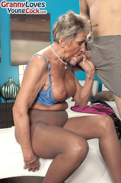 Grandma Sandra Ann sucking her yonger lover