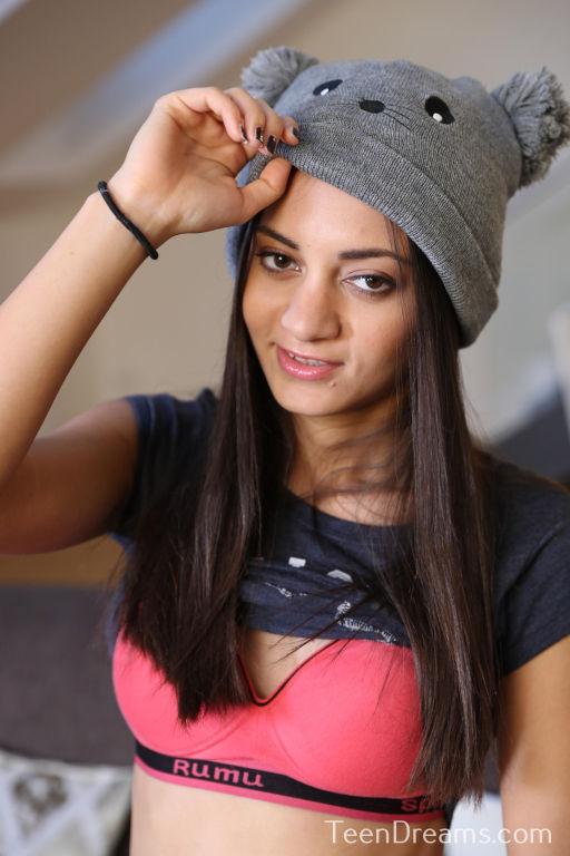 Young model Shrima Lalati toying by teendreams