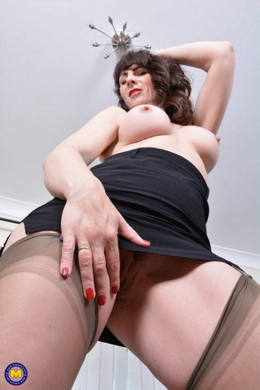 Big titted British MILF Toni Lace having fun with