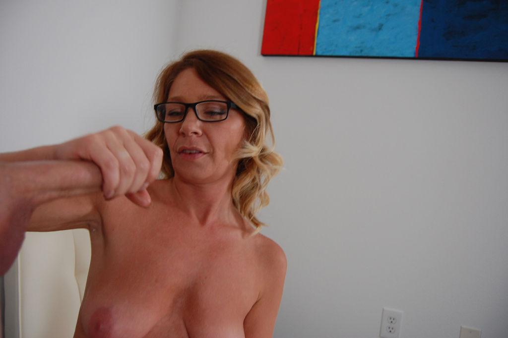 Horny milf milkingstud big cock