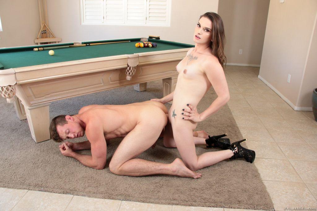 TS Jenna's Nude Billiards Fuck 'n Suck!