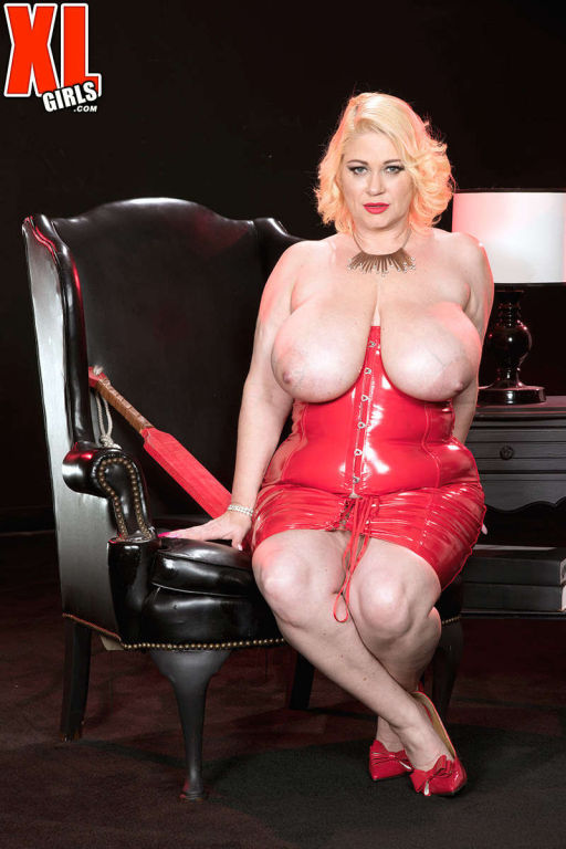 BBW Samantha 38G stripping in red latex dress