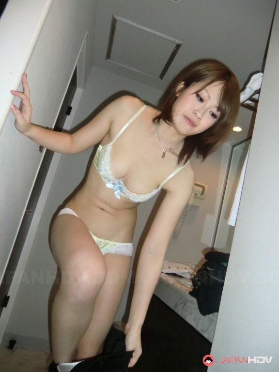 Slutty wife Akina sucks a big dick