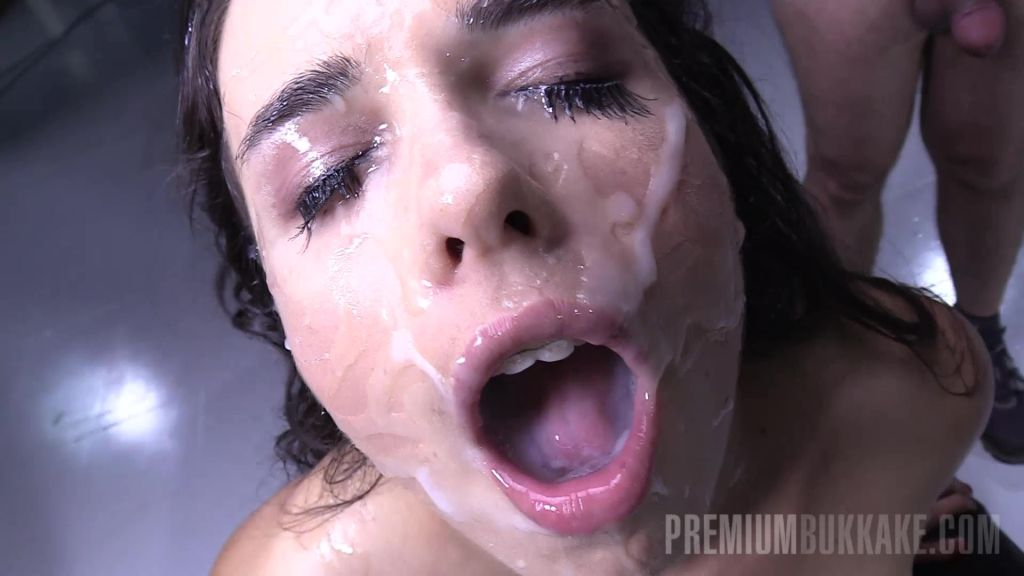 Mira Cuckold in gangbang action