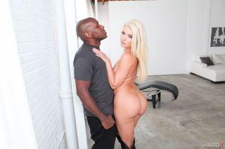 naked Mandingo blonde milf
