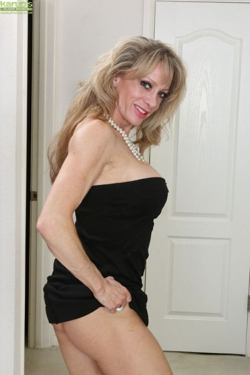 Christina Brim mature blonde with big round boobs