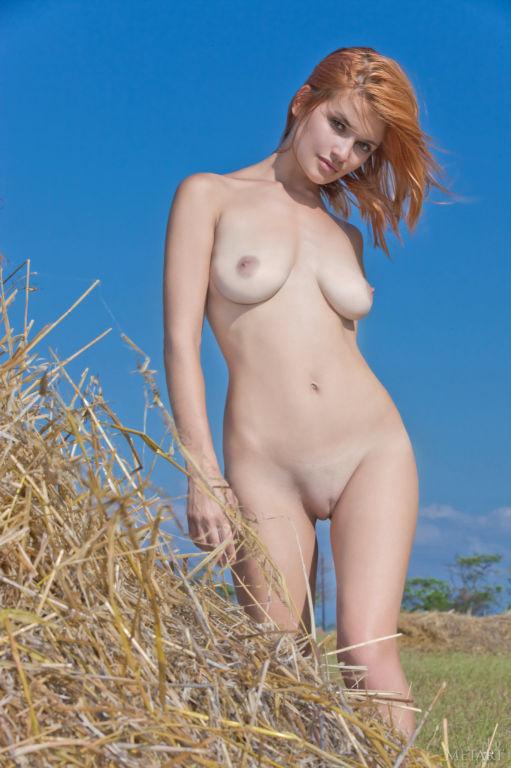 Young Russian MetArt model Violla A set Erigere
