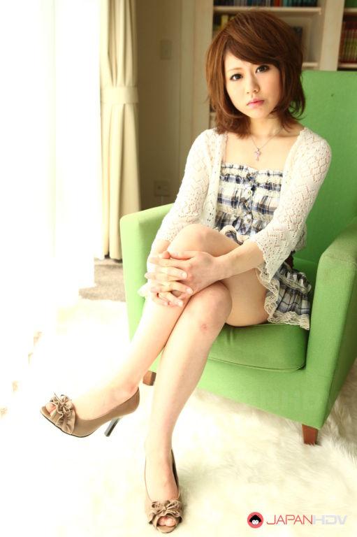 Aya Sugiura shows her lovely body