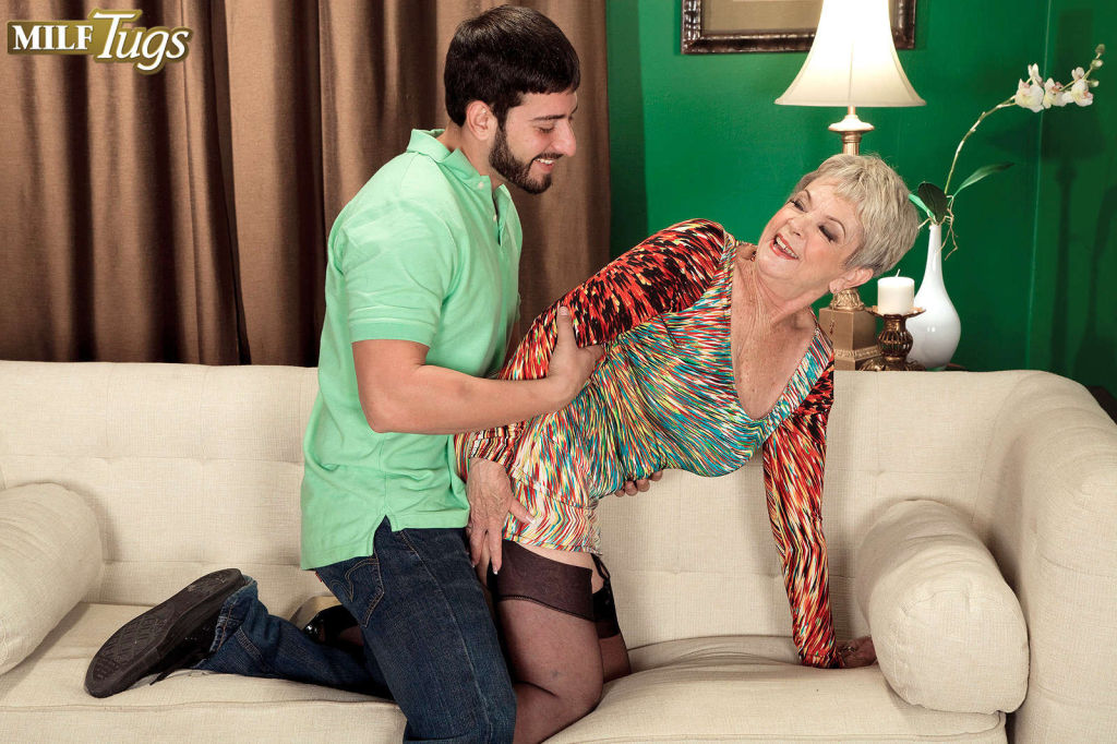 An old cock loving slut named Lin Boyde