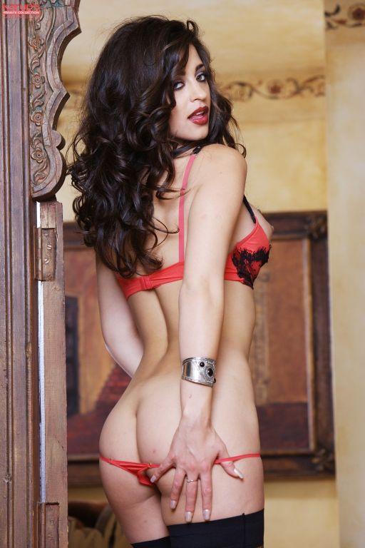 Busty brunette Uma Stone masturbates with her favo