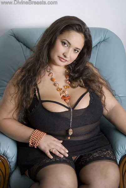 Emma bbw breasts