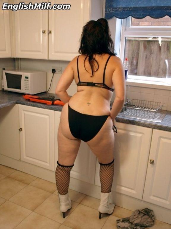 Bad ass big butt Daniella English spreading in her
