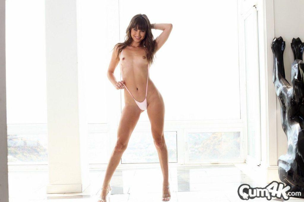 Cum4K Hooky For Creampies Riley Reid from cum4kfre