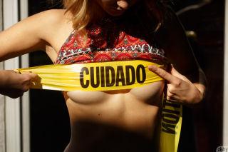 nude flash teen
