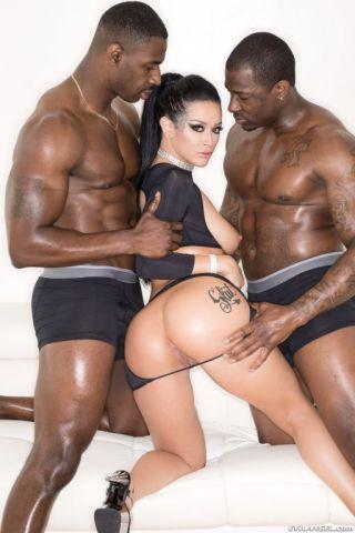 sex Jax Slayher interracial threesome
