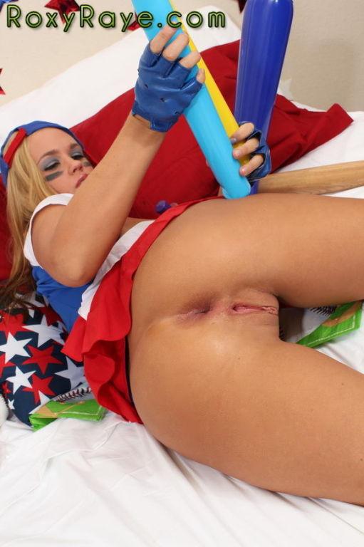 Pussy Play with Roxy Raye