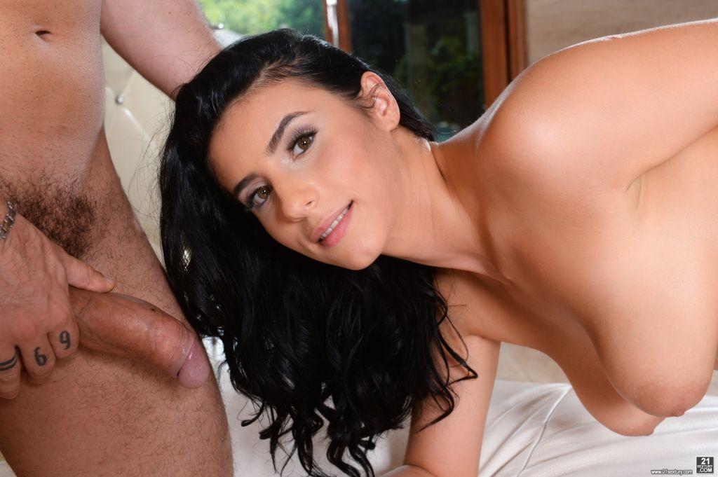 Busty brunette Nelly Kent seduces Raul Costa
