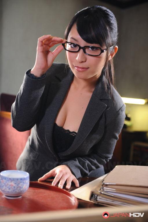 Office slut Kana Aizawa shows off