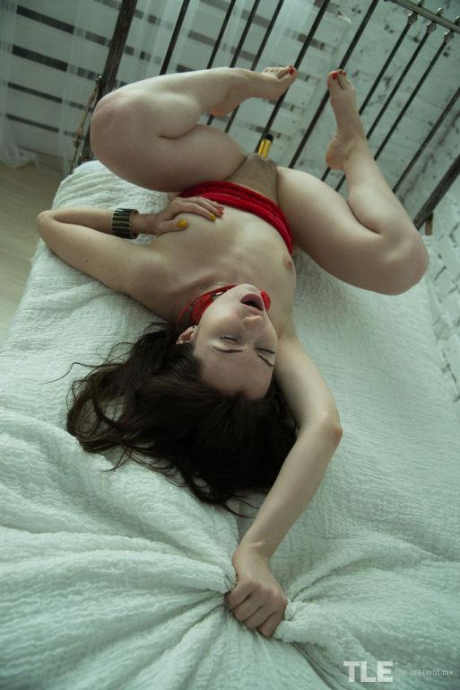 Angela H masturbates her lusty cunt in the solitar