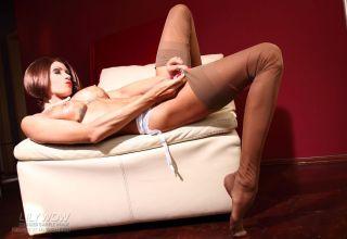 Hot MILF whore in classy vintage nylon stockings