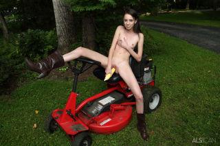 Farm Girld
