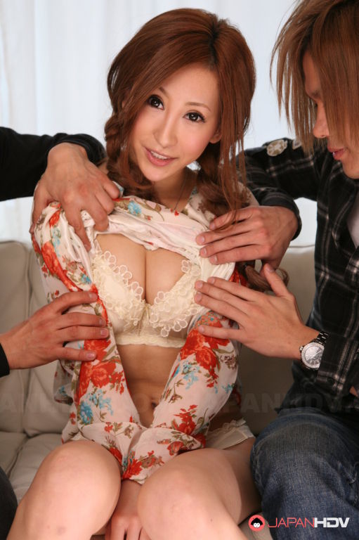 Reina Ichijo displaying her rack