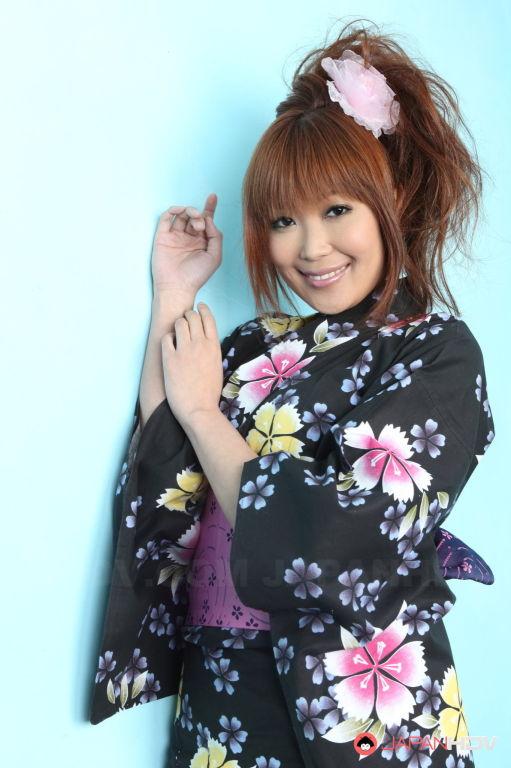 Hot Yuno Hoshi  shows off her body