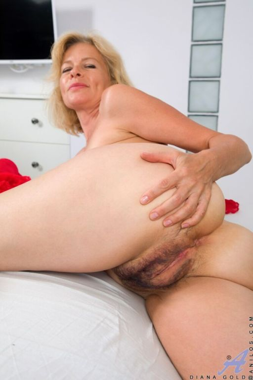 Amateur Blonde Oral Creampie