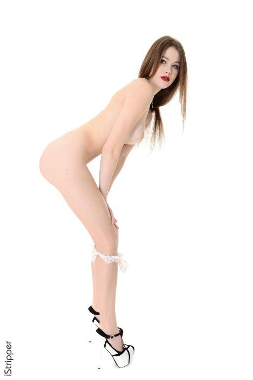Slim beauty babe Heidi Romanova showing her pussy