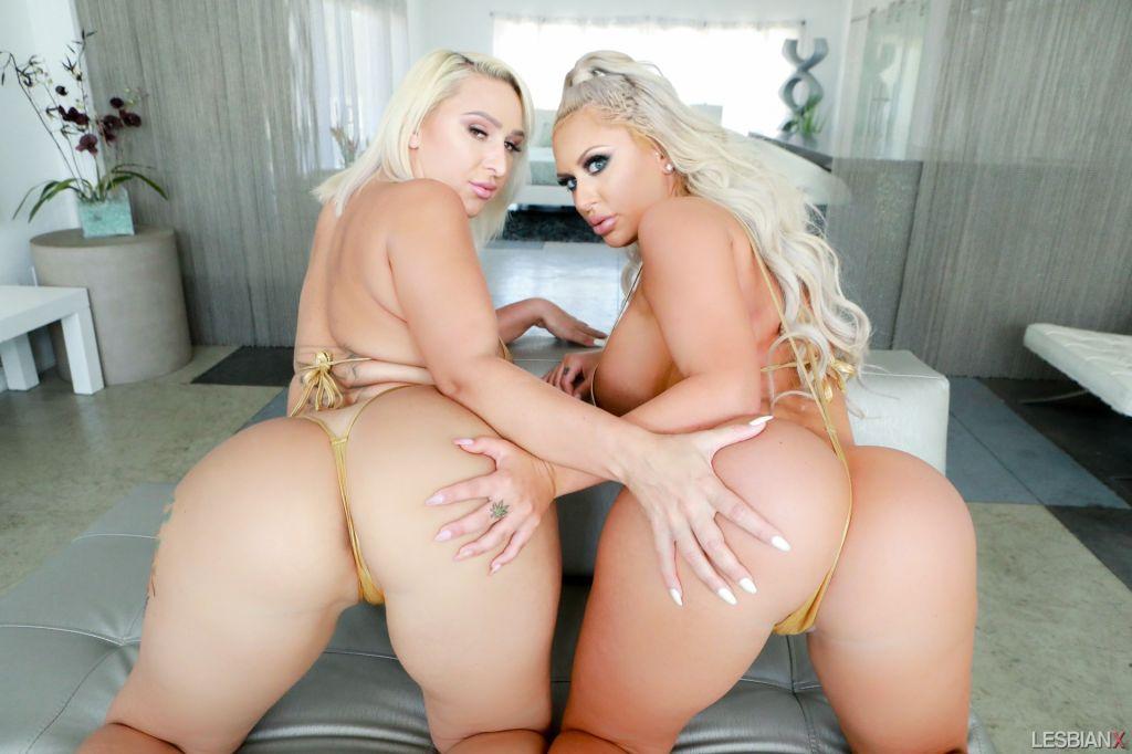 Lesbian Brandi Bae and Nina Kayy set Blonde and An