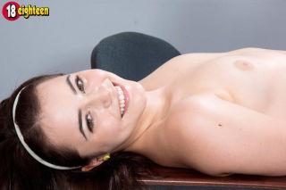 nude Kylie Quinn schoolgirl young