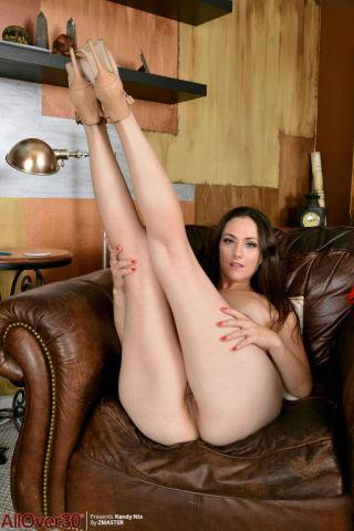 sexy milf brunette