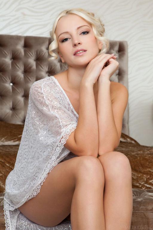 Young Russian model Alysha A set Temeliju by MetAr