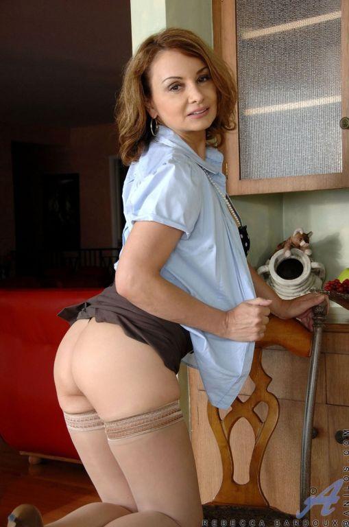 Busty milf in stockings Rebecca Bardoux pleasingly