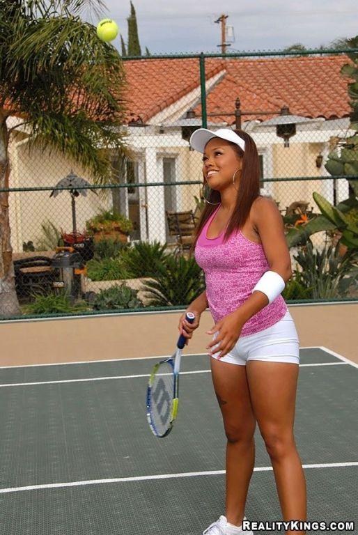 Dishy ebony tennis player Melody Jackson is fucked