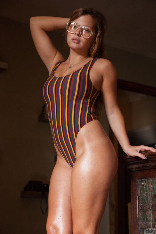 Keisha Grey teasing and modeling